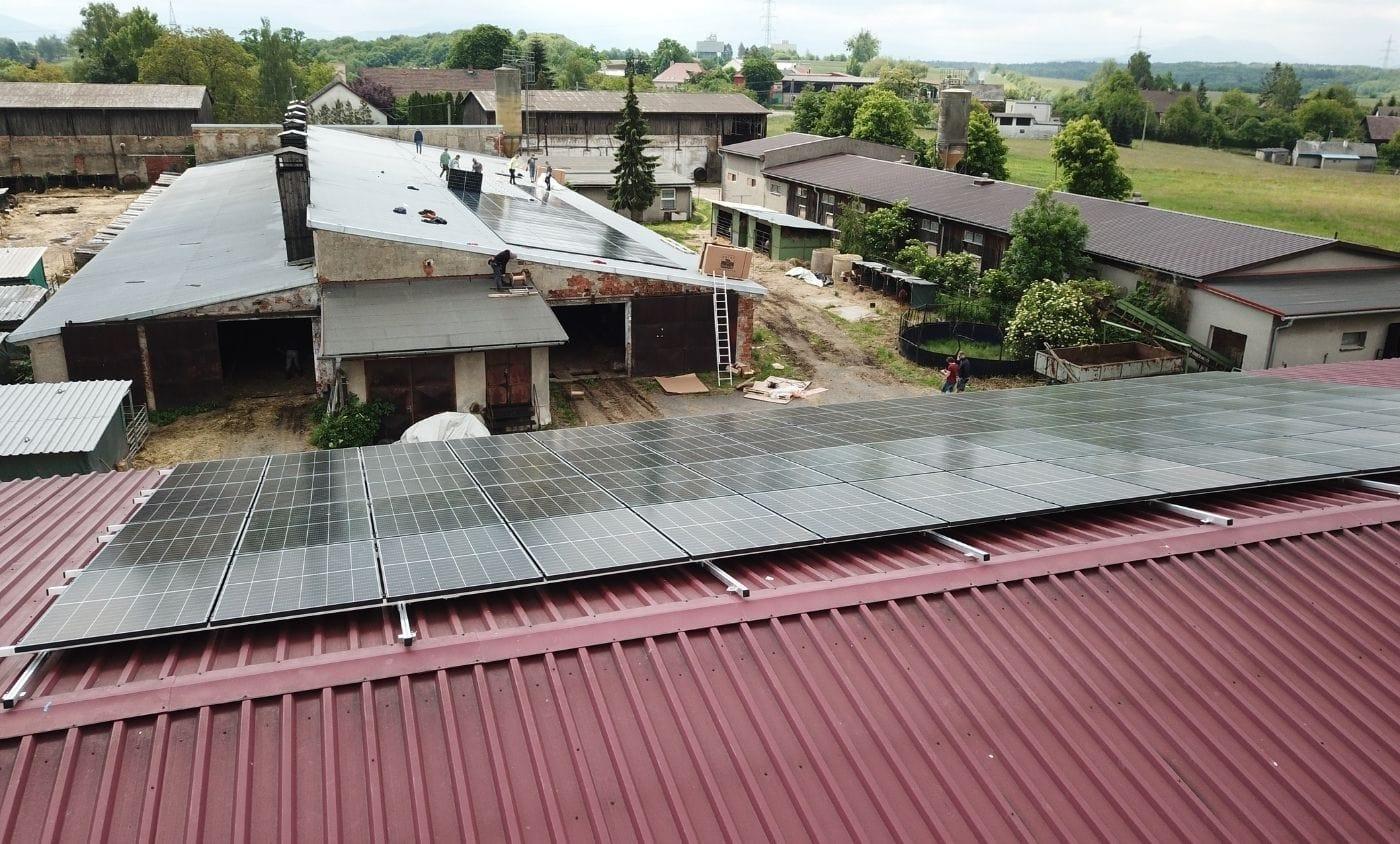 Bruzovice zemědělská společnost Bruzovice, instalace fotovoltaické elektrárny, YOUNG4ENERGY