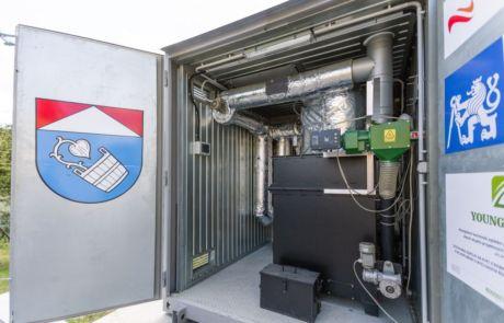 Obec Mikolajice mají jako první na světe mikroelektrárna na biomasu young4energy