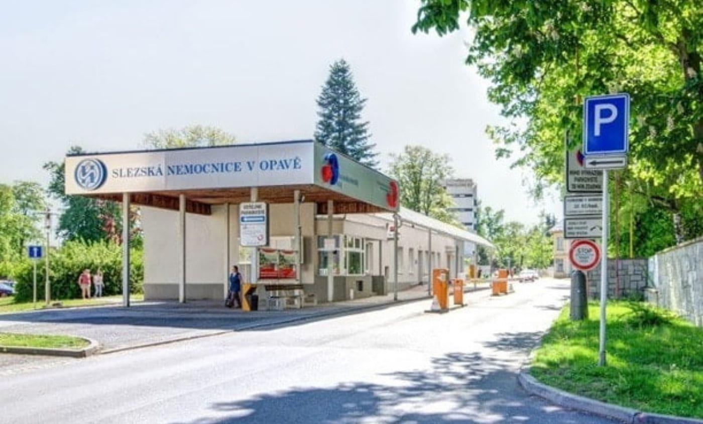 Snížení energetické náročnosti budov v areálu Slezské nemocnice Opava využitím OZE a KVET